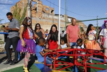 Moradores do Jardim Castelhão comemoram entrega da Praça Dona Haidê
