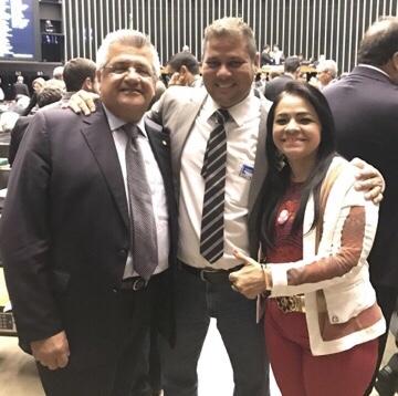 Capitão Olinto não para! Através de Bacelar, trouxe mais R$ 800 mil em emendas para Lauro de Freitas que serão destinados para a saúde