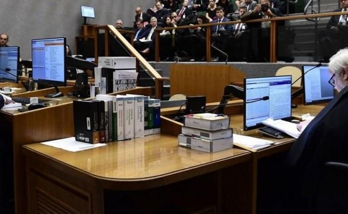Maioria do STJ reduz pena e Lula poderá deixar a prisão em setembro