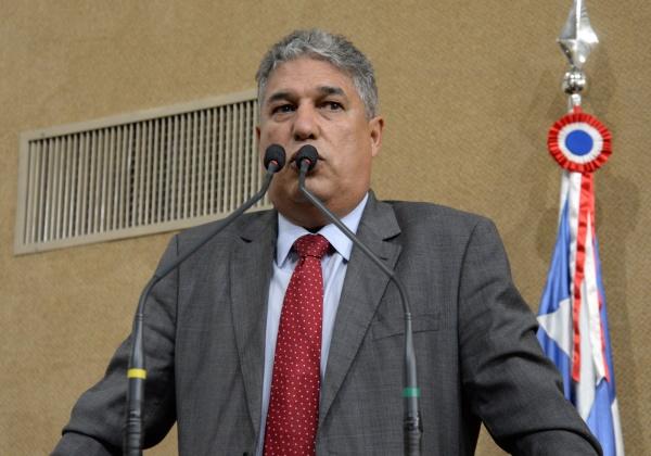 Redução da pena de Lula revela erro anterior do Judiciário, diz deputado