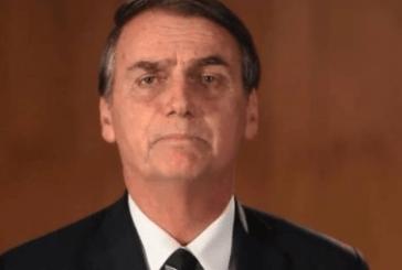 Bolsonaro enaltece extinção de conselhos federais com atuação da sociedade civil; parlamentares da oposição querem reverter a decisão do presidente no Congresso.