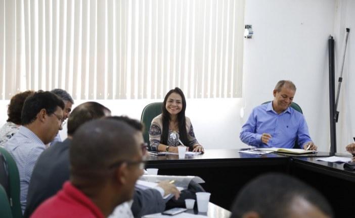 Prefeitura abre calendário de diálogos com categorias em reunião com Asprolf