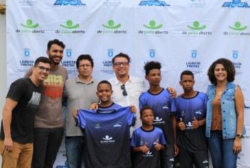"""""""Oportunidade através do Esporte"""" entrega novo kit de materiais esportivos em Itinga"""