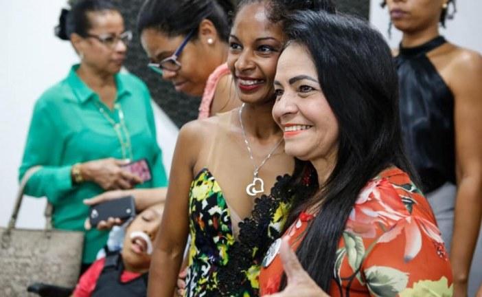 Cuidar das pessoas tem sido a prioridade da prefeita Moema Gramacho