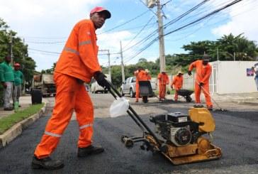 Lauro de Freitas intensifica Operação Tapa Buraco após as chuvas