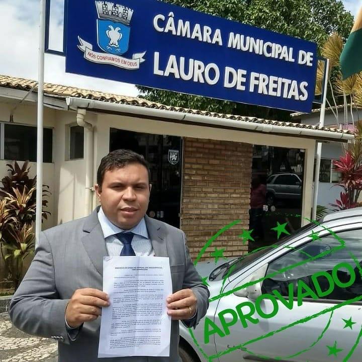 Câmara aprova projeto de lei que proíbe canudos de plástico em Lauro de Freitas