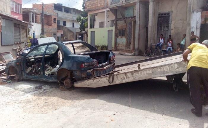 SETTOP realiza mais uma Operação Cidade Limpa e retira carros abandonados da cidade