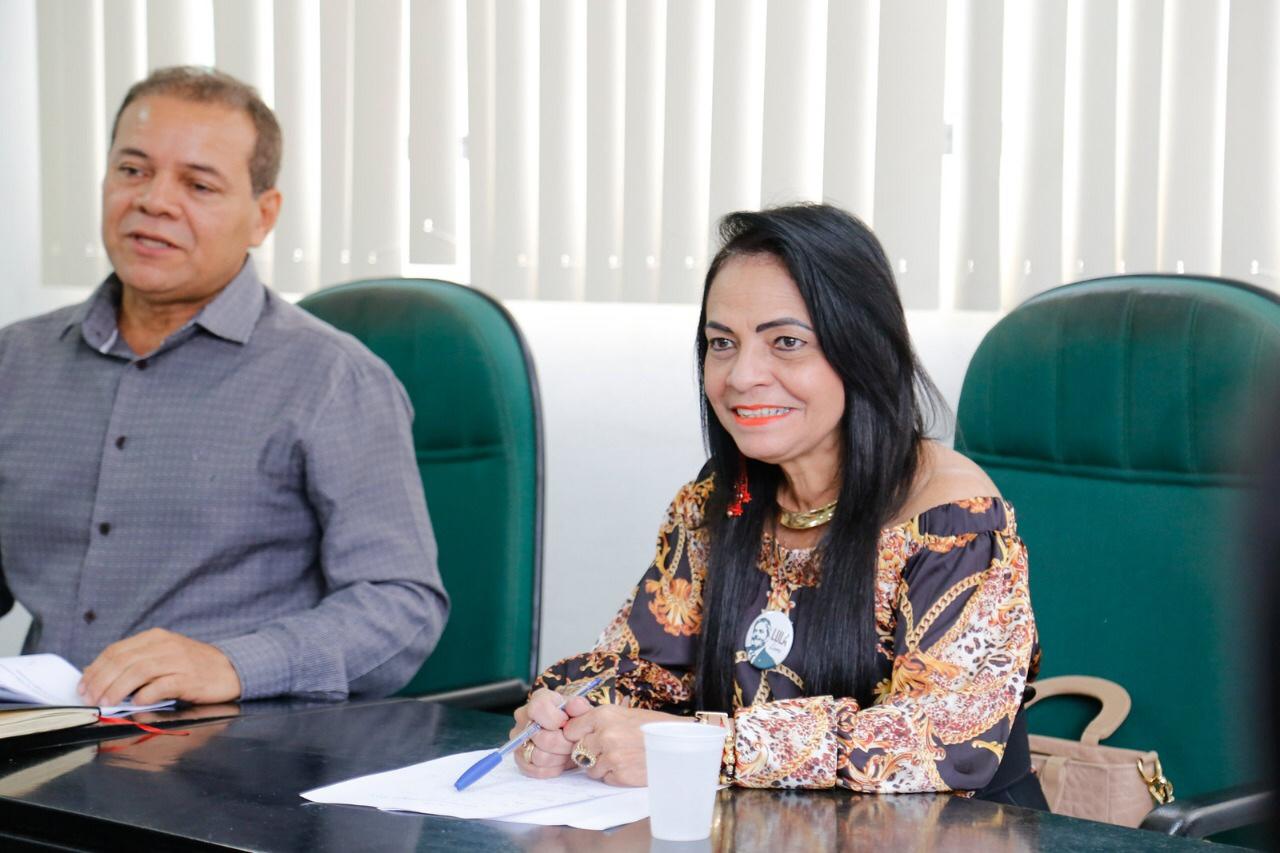 Prefeitura reajusta salário de profissionais de enfermagem e odontologia em 4%
