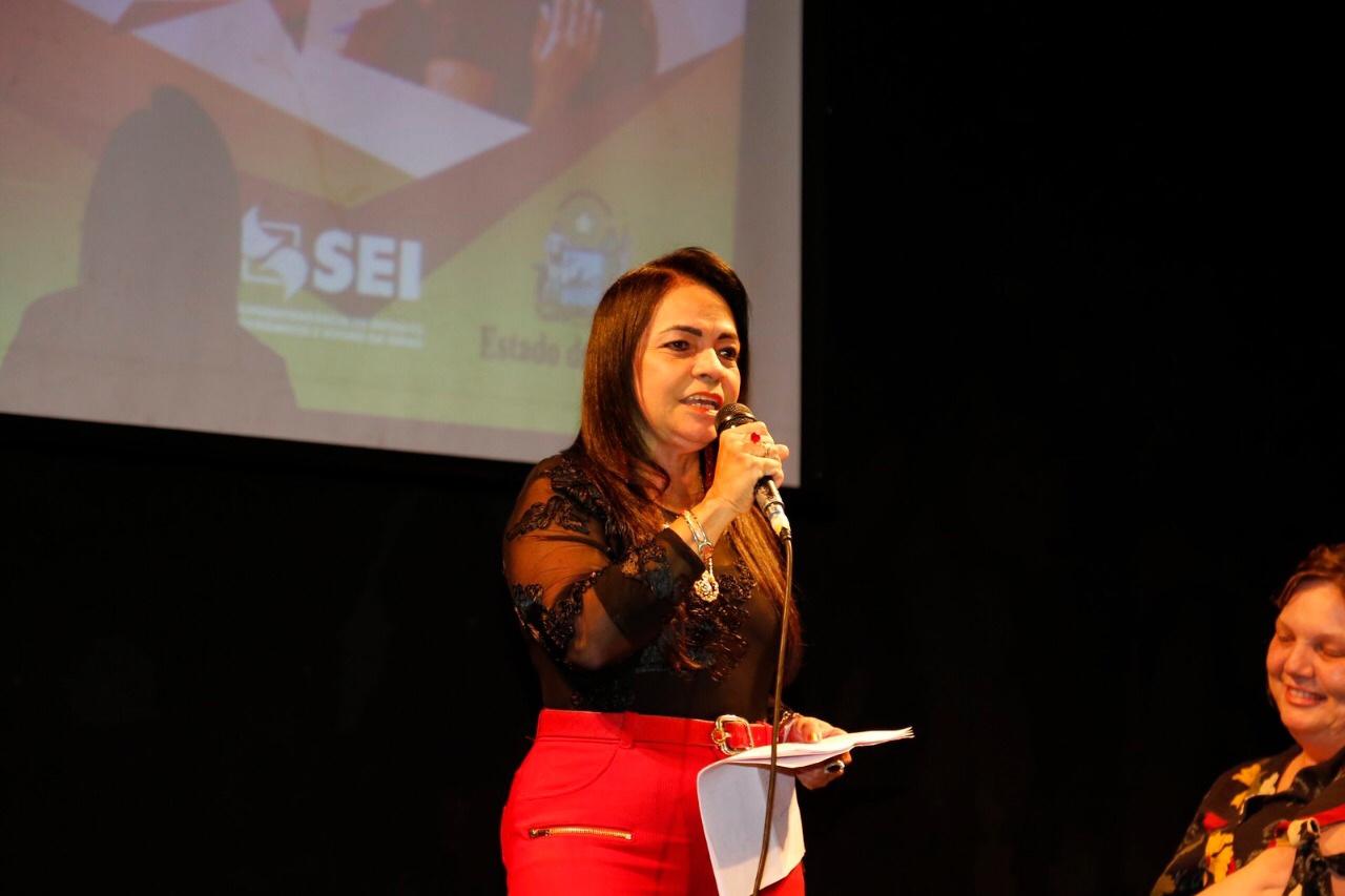 Fortalecimento do empreendedorismo feminino em Lauro de Freitas é debatido em seminário