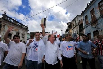 Povo baiano homenageia heróis da independência no 2 de Julho