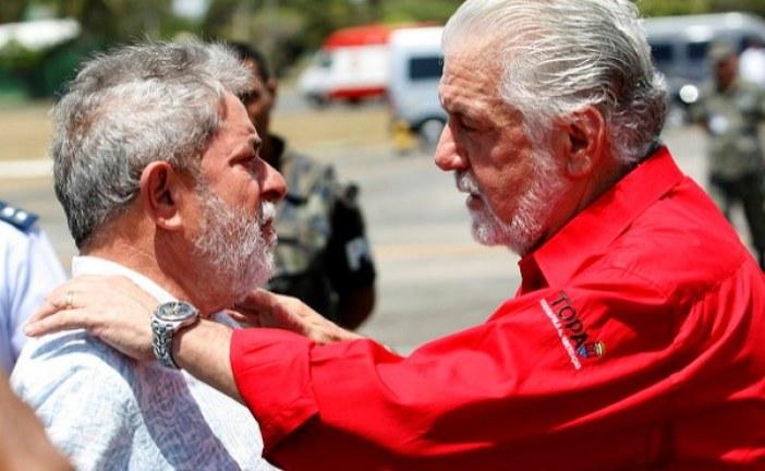 Não vamos descansar até vermos Lula livre, diz Jaques Wagner