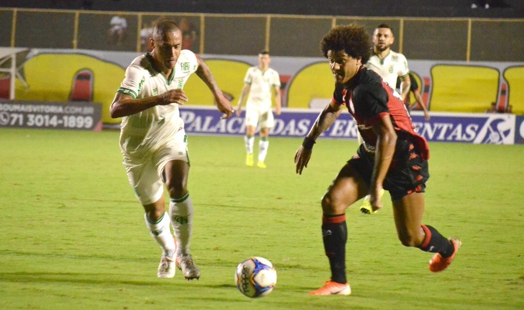 Em jogo fraco, Vitória e América não saem do zero no Barradão