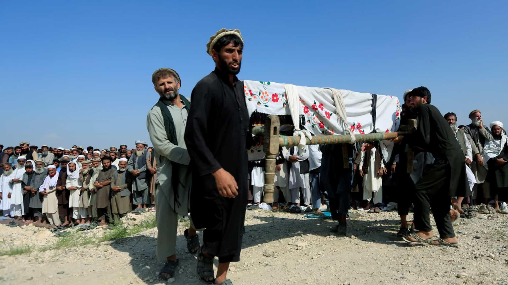 Drone americano mata 30 civis no Afeganistão