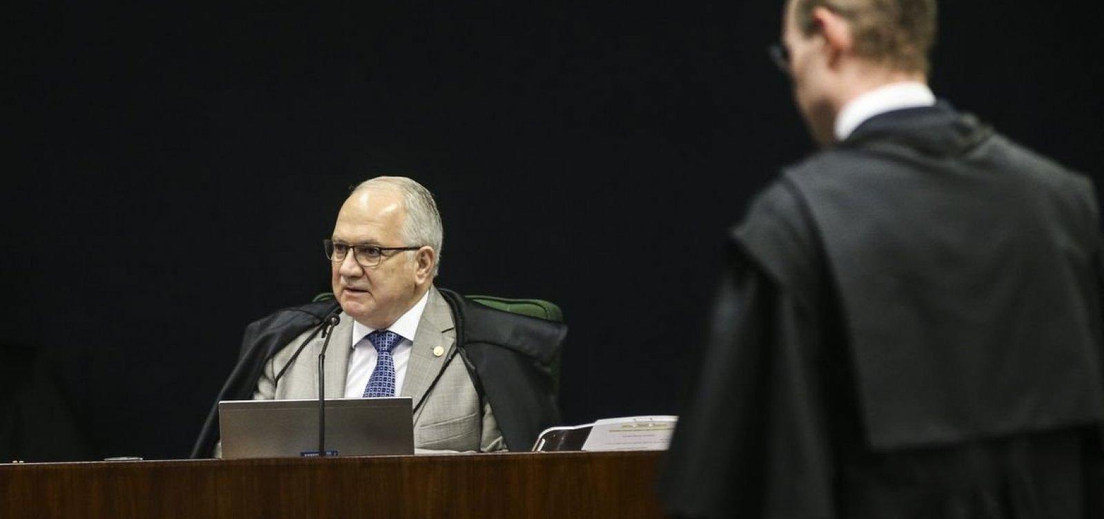 Fachin atende a pedido da defesa de Lula, e julgamento de recurso será presencial