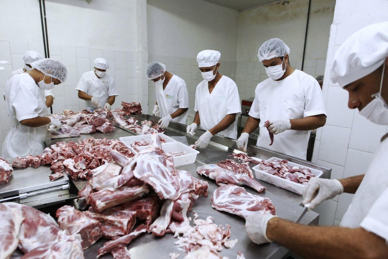 Cooperativa de caprinos completa 20 anos levando mais renda para produtores do sertão baiano