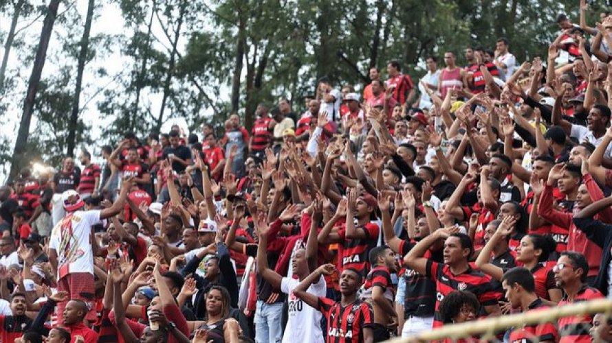 De volta ao Barradão, Vitória recebe o Oeste nesta terça-feira