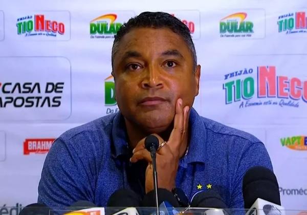 Roger Machado se diz 'feliz e orgulhoso' após empate de Bahia e São Paulo