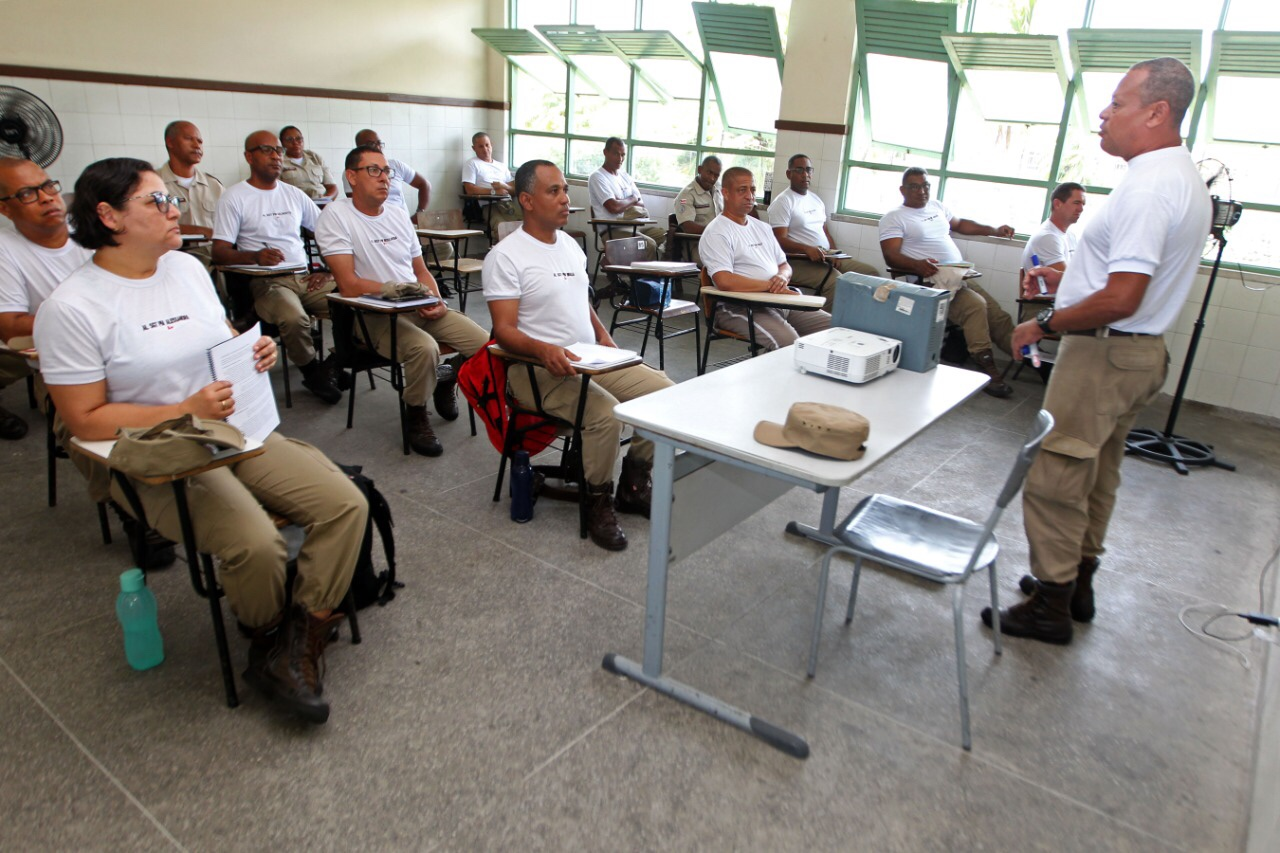 Governador aciona Ministério Público para investigar terrorismo na Bahia
