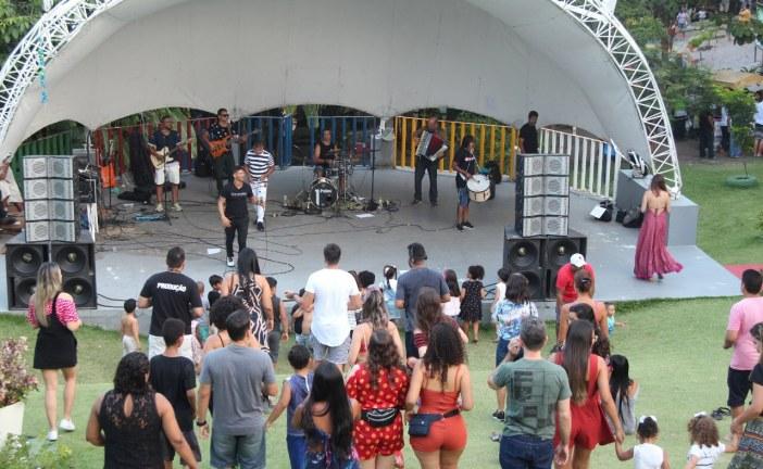 Aulas gratuitas de forró movimentam o Parque Ecológico de Lauro de Freitas