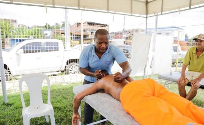 Ações do Novembro Azul atraem homens para o cuidado com a saúde no Complexo de Itinga