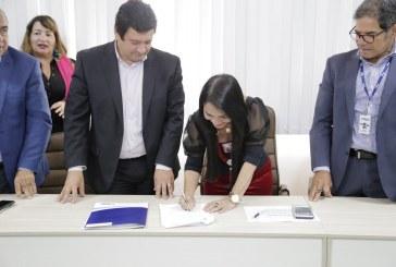 Contrato assinado entre Prefeitura e Embasa assegura investimentos de R$ 389 milhões em Lauro de Freitas