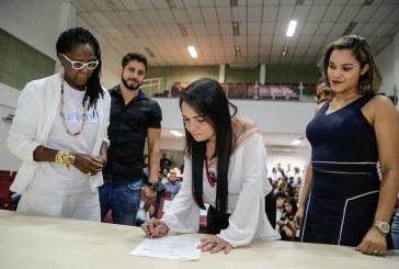 Lauro de Freitas lança programa para manter crianças e adolescentes na escola