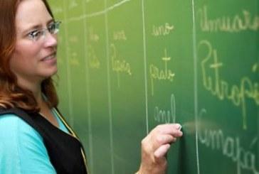 Brasil corre risco de ter exército de professores sem emprego nos próximos anos