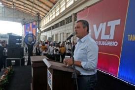 Rui assina ordem de serviço para início das obras do VLT