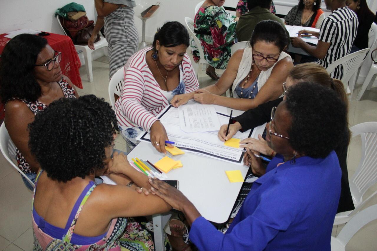 Lauro de Freitas elabora currículo escolar de acordo com a Base Nacional Comum Curricular