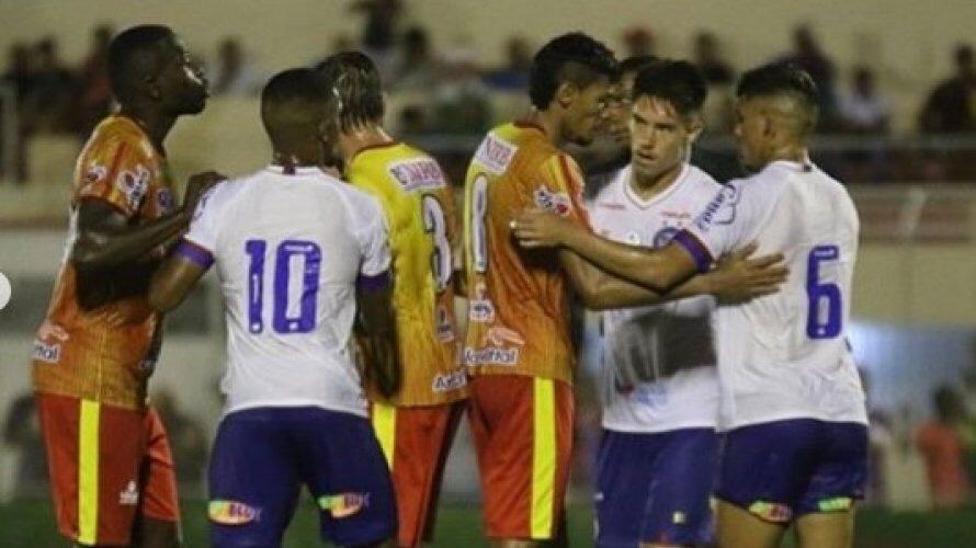 Bahia empata com o Juazeirense em estreia no Campeonato Baiano
