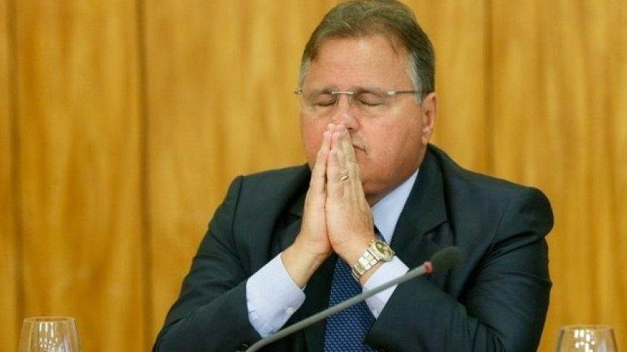 Empresa alega problemas financeiros e cancela oferta de emprego a Geddel Vieira Lima