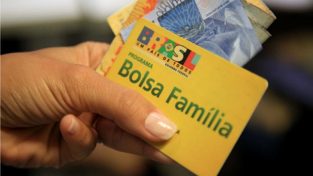 Resultado de imagem para STF atende estados do Nordeste e suspende cortes no Bolsa Família