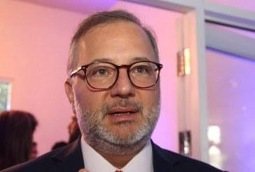 Bahia deve registrar até 100 casos do novo coronavírus por dia, prevê secretário Fábio Vilas-Boas