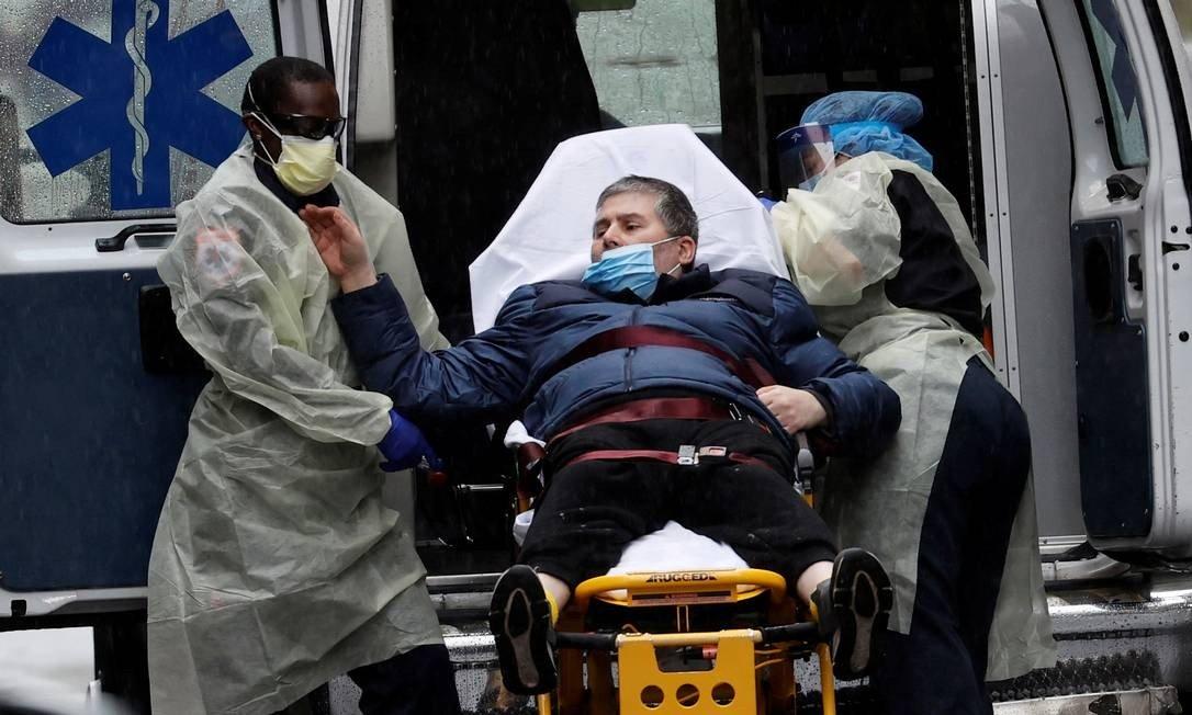 Casos de AVC entre pacientes com Covid-19 fora do grupo de risco intrigam médicos americanos