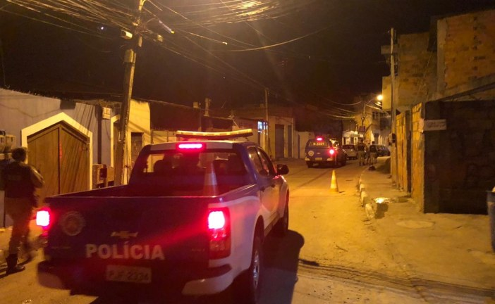 Coronavírus: 52ª CIPM de Lauro de Freitas realiza 'Operação Intensificação' e fecha 8 bares na cidade