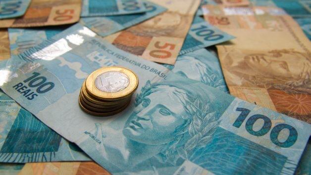 Caixa lança hoje aplicativo para cadastro de auxílio de R$ 600 para informais; assista como fazer a solicitação