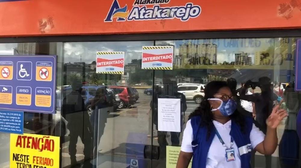 Supermercado Atakarejo é interditado após descumprir decreto da prefeitura