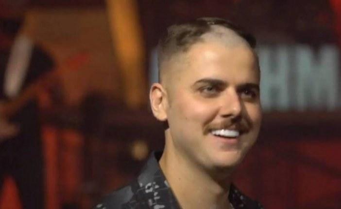 Assista: Zé Neto tem barba e cabelo raspados por Cristiano em segunda live da dupla