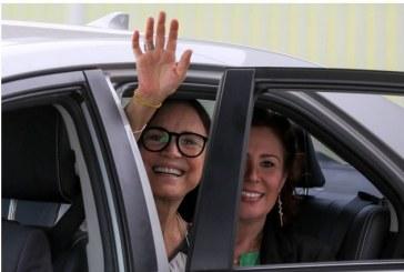 Regina Duarte deixa o comando da Cultura depois de semanas de fritura