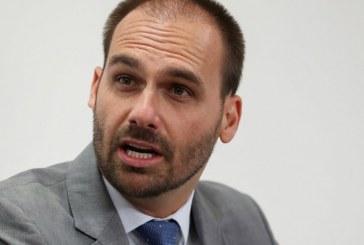 Celso de Mello encaminha à PGR notícia-crime contra Eduardo Bolsonaro