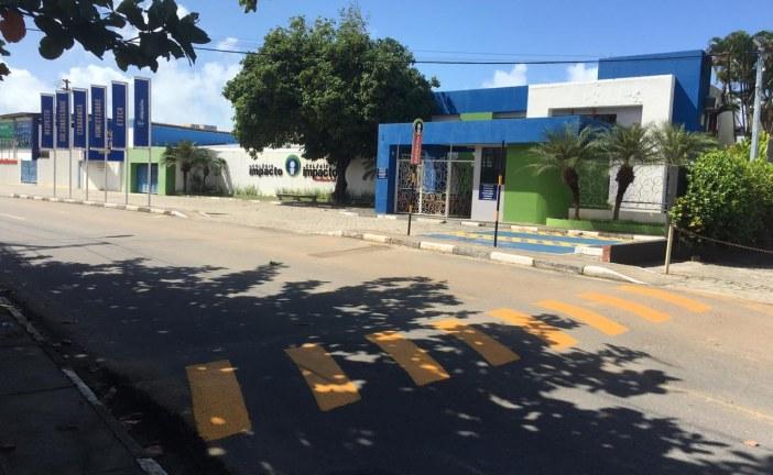 Settop inicia a sinalização dos redutores de velocidade da Av. Luis Tarquinio