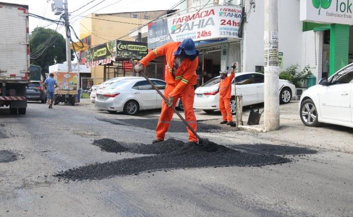 Após chuvas, Prefeitura de Lauro de Freitas  retoma serviços da Operação Tapa-buracos
