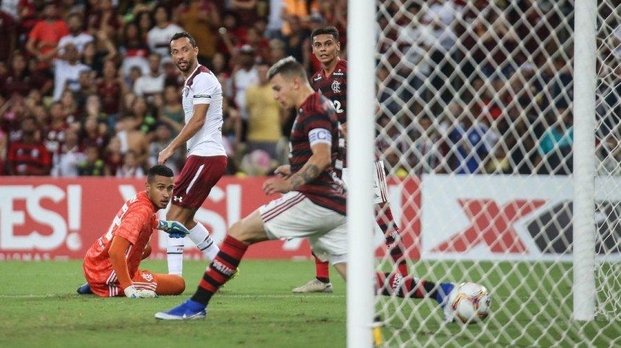 Prefeitura do Rio libera jogos de futebol com um terço de público