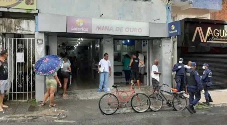 Lotérica do Centro fechada, após funcionários testarem positivo para o coronavírus