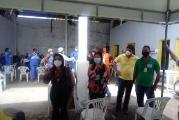 Prefeitura realiza testagem rápida para a Covid-19 em servidores da Sesp; prefeita Moema acompanha