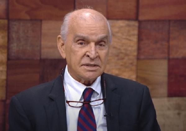 Aos 90 anos, Elsimar Coutinho é internado na UTI com coronavírus