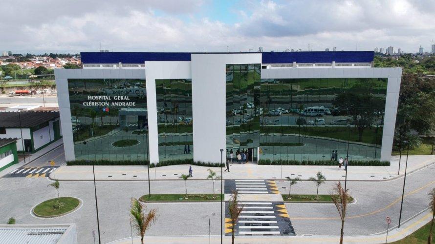 Feira: Novo Hospital Clériston Andrade é inaugurado com 40 leitos de UTI para pacientes com Covid-19