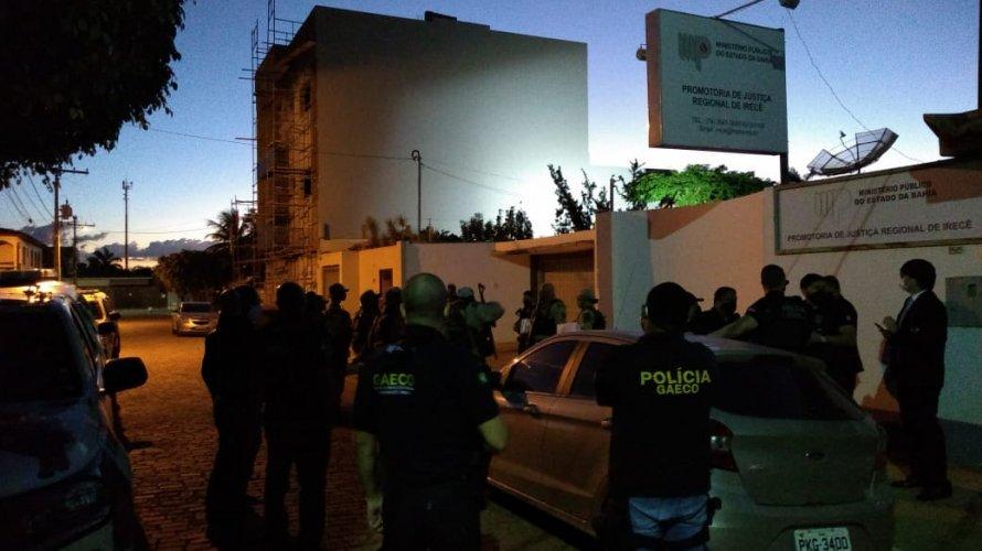Polícia faz operação na Bahia e mais sete estados contra esquema de comercialização de testes falsos da Covid-19