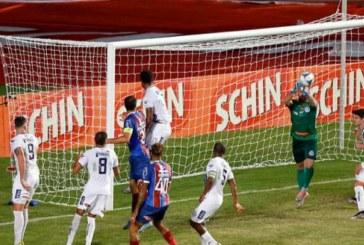 Bahia vence Confiança nos minutos finais e avança para final do Nordestão
