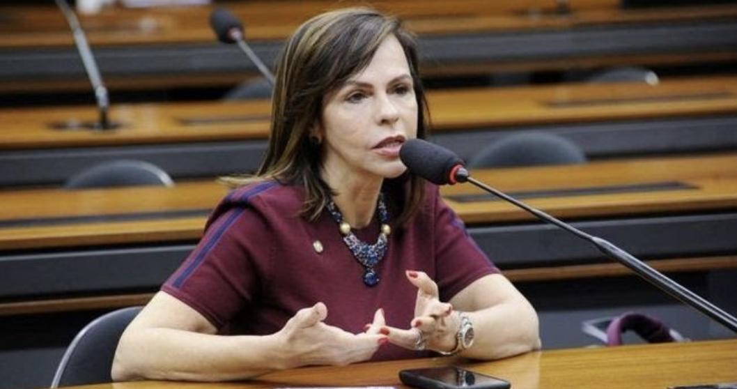 Câmara aprova, em primeiro turno, PEC que renova o Fundeb